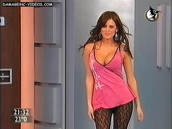 Silvina Luna big bouncing boobs in tv show
