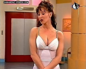Paola Bonifacio busty brunette cleavage