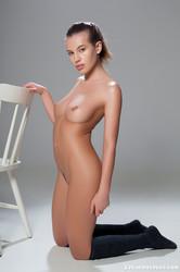 http://img151.imagetwist.com/th/09166/4doa7y8hefis.jpg
