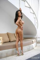 http://img151.imagetwist.com/th/09259/9nbalyc7fgv3.jpg