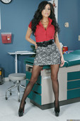 Jaclyn-Taylor-Always-Listen-To-Your-Doctor-%28solo%29-15e2qvt3ia.jpg