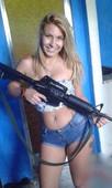 baixar Mais fotos da Luana, a musa do Comando Vermelho - Caiu na net download